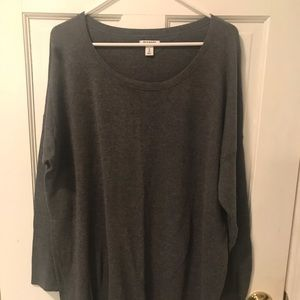 Ladies oversized grey sweater with scoop neck XL